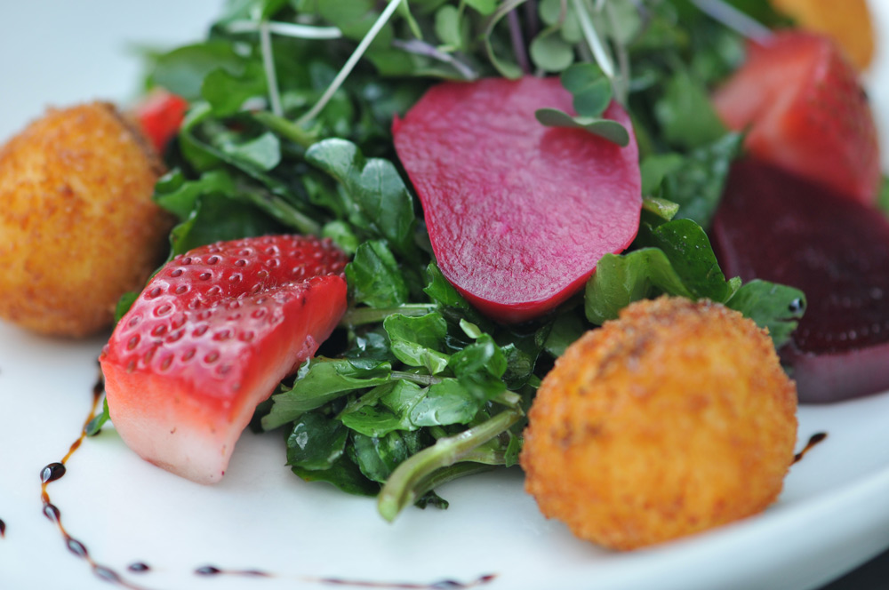 Collard greens with beets and strawberries