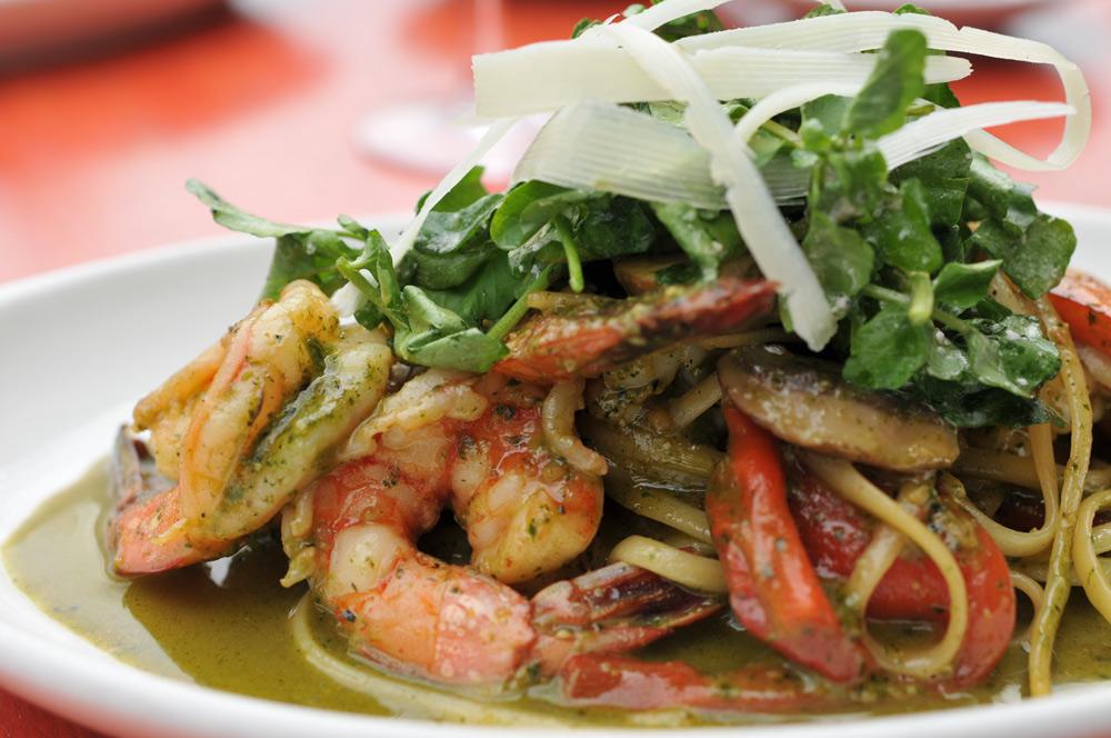 Linguine shrimp scampi